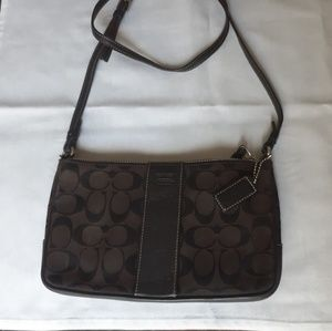Coach brown jacquard shoulder bag